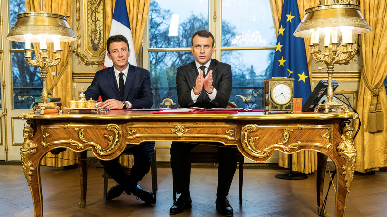 Rétropédalage après la polémique Pétain : Macron déclare, Griveaux corrige