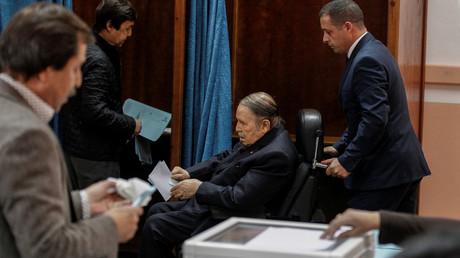 Algérie : Abdelaziz Bouteflika présentera sa démission avant le 28 avril