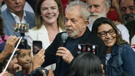 Le monde salue la libération de l'ancien président brésilien Lula