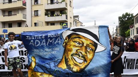 Adama Traoré/George Floyd : plusieurs milliers de manifestants en France malgré l'interdiction