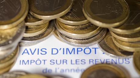 Covid-19 : à rebours du gouvernement, les Français souhaiteraient plus d'impôts pour les riches