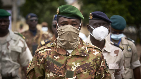 Mali : la junte désigne l'ancien ministre de la Défense Ba Ndaw président de transition