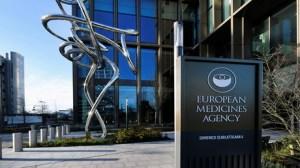 L'AEM a-t-elle subi des pressions pour approuver au plus vite le vaccin Pfizer-BioNTech ?