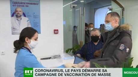 La Russie démarre sa campagne de vaccination de masse contre le coronavirus