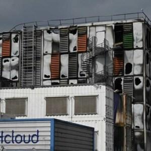 Des «data centers» d'OVHcloud détruits dans un spectaculaire incendie à Strasbourg