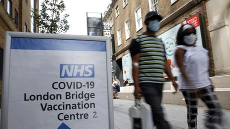 Covid-19 : le Royaume-Uni donne le feu vert à la vaccination des 12-15 ans