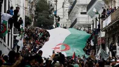 المعارضة الجزائرية تدعو الزعيم بوتفليقة للتنحي وتطالب الجيش بإدارة المرحلة الانتقالية 8