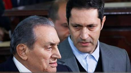 A writer quoted Mubarak: rejected an American request to enter the Egyptian forces to Iraq
