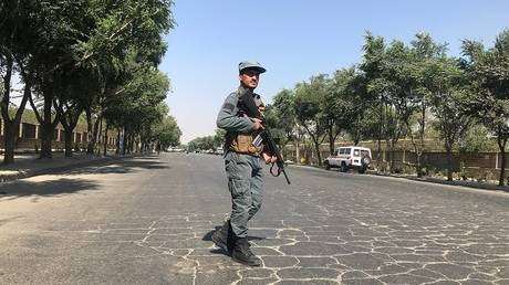Killed and wounded in an explosion near the University of Kabul