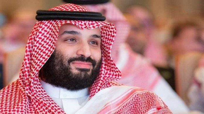 What car drove Mohammed bin Salman and his guest, the Emir of Qatar, on the sands of Al-Ula?