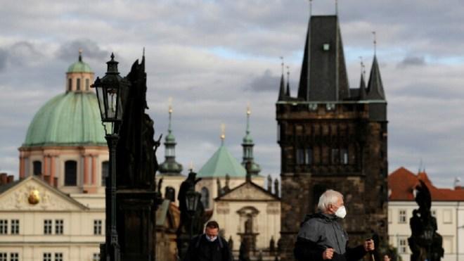 إصابة رابع وزير في الحكومة التشيكية بفيروس كورونا #RT_Arabic