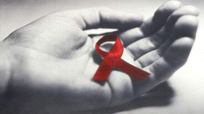 The three stages of HIV and how it may progress to AIDS