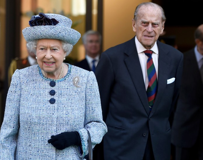 Watch .. Queen Elizabeth II leaves her last message to her late husband