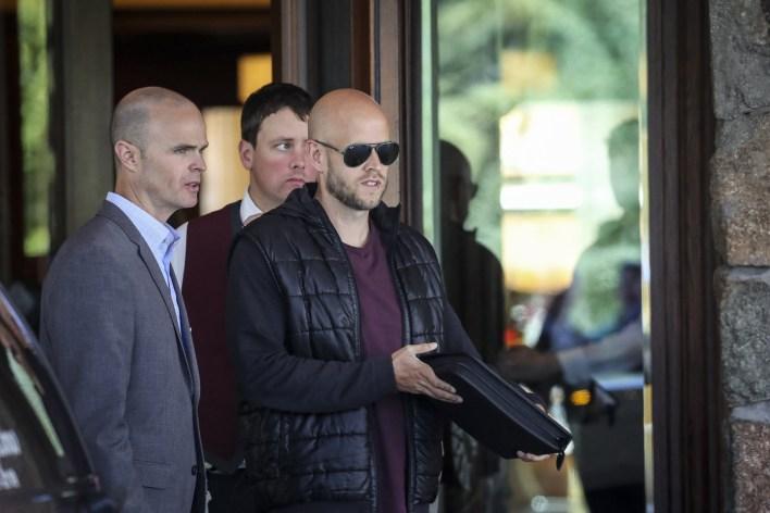 Swedish billionaire intends to bid for Arsenal