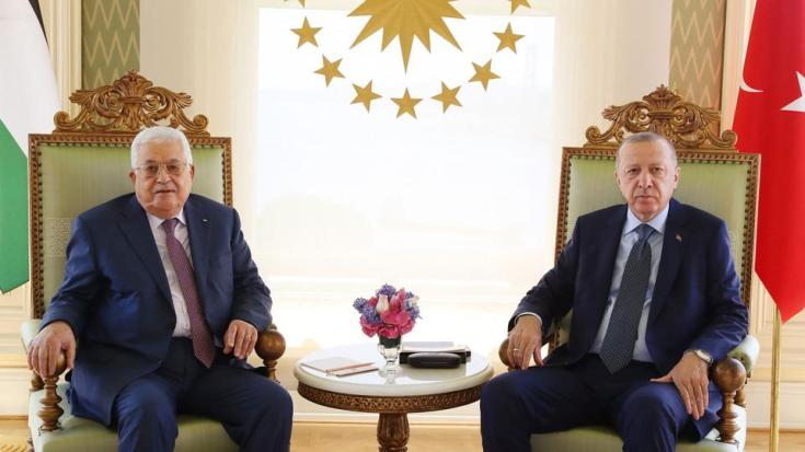 A handout picture taken and released by the Turkish Presidential press office on July 10, 2021 shows Turkish President Recep Tayyip Erdogan (R) meeting with Palestinian President Mahmoud Abbas (L) in Istanbul.