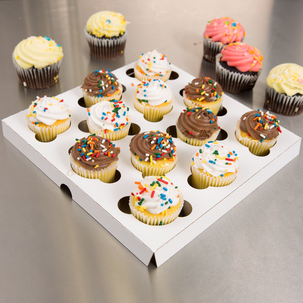 Cupcake   Muffin Insert   Holds 12 Mini Cupcakes 200 per Case Keep your colorfully creative mini cupcake and muffin masterpieces safe and  secure during transport with this Southern Champion 10018 cupcake   muffin