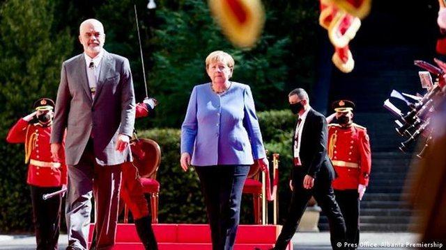 """""""Procesi i Berlinit"""" apo """"Ballkani i Hapur""""? Cilat ishin"""