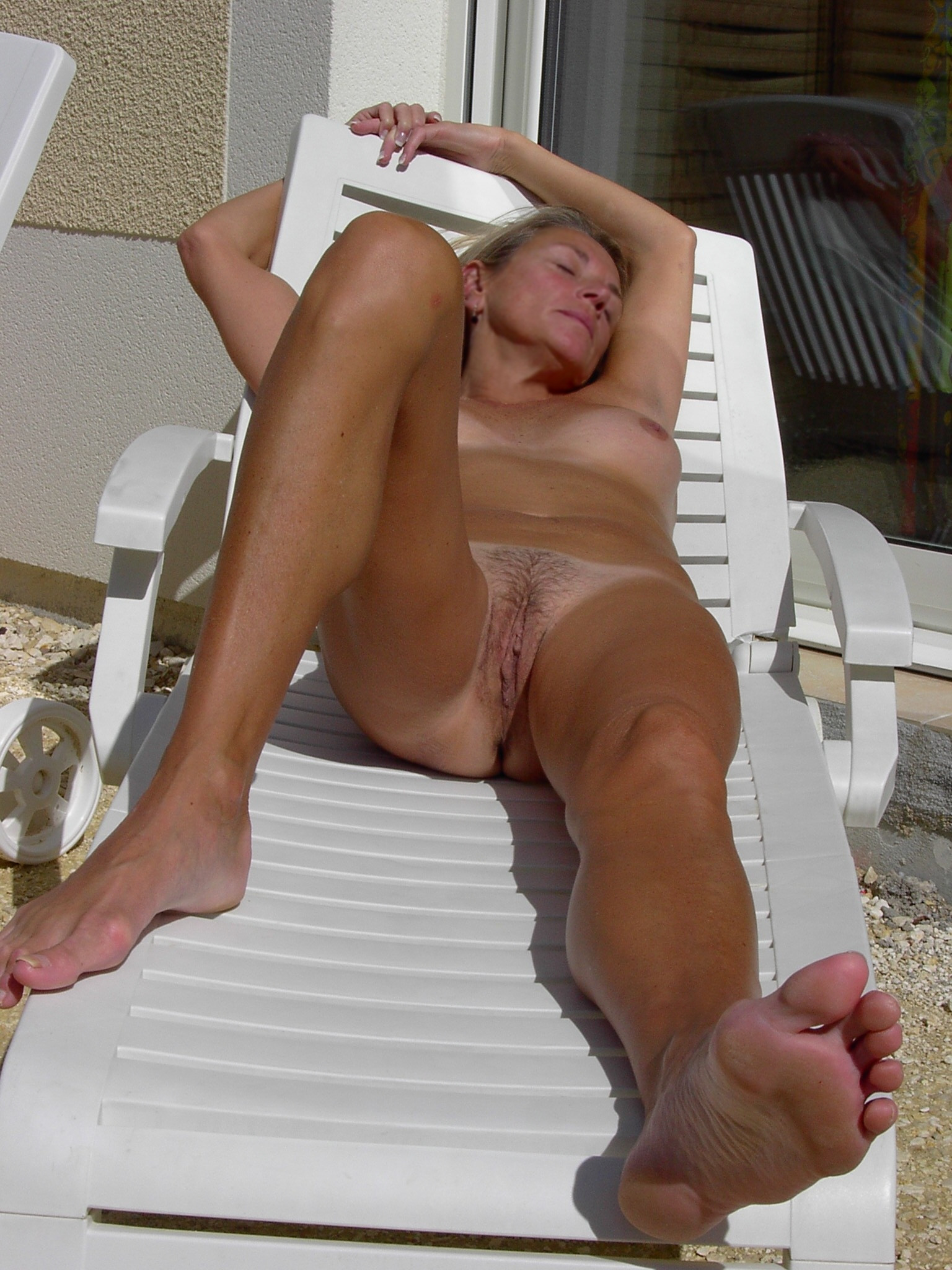 Tanned Naked Milf Photo Galleries-3902