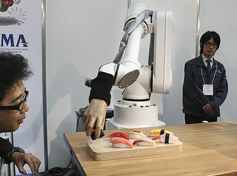 Chef Robot Does Sushi