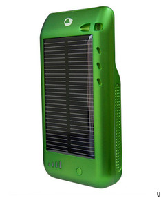 Surge iPod touch case goes solar