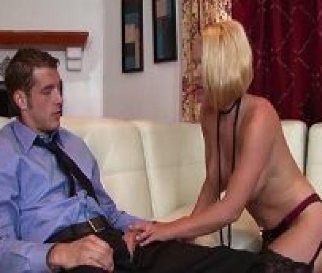 Esta Prostituta Le Hara Un Trabajo Bien Fino A Este Cliente Sexo Gratis