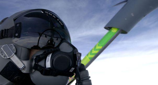 El casco de un piloto militar