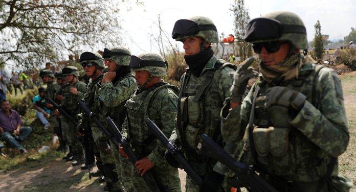 Resultado de imagen para 25 soldados intentaron alejar a pobladores de la toma