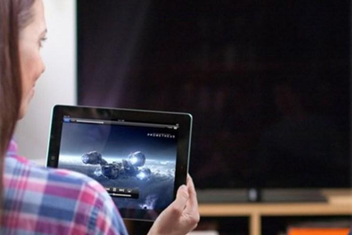 Apple iPad 4 9.7″ 16GB – Black (Certified Refurbished) Bundle, on sale for $119.97 (40% off)