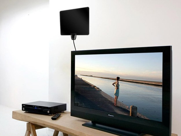 product_13805_product_shots2_image Liger Ultra-Thin Indoor HD Antenna for $15 Android