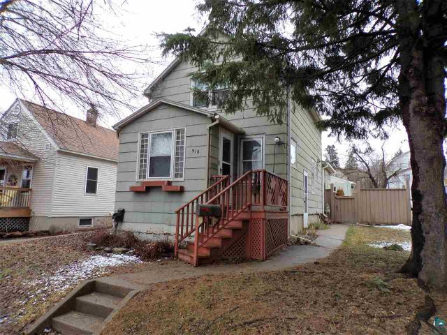 Property for sale at 918 Douglas Ave, Eveleth,  MN 55734