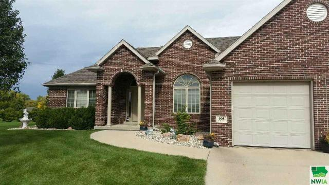 Property for sale at 908 Rockwood Crt, Sergeant Bluff,  IA 51054