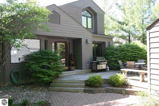 Property for sale at 16 Vantage Pointe, Glen Arbor,  MI 49636