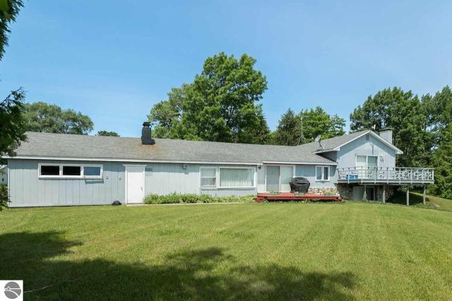 Property for sale at 6574 N West Bayshore Drive, Northport,  MI 49670