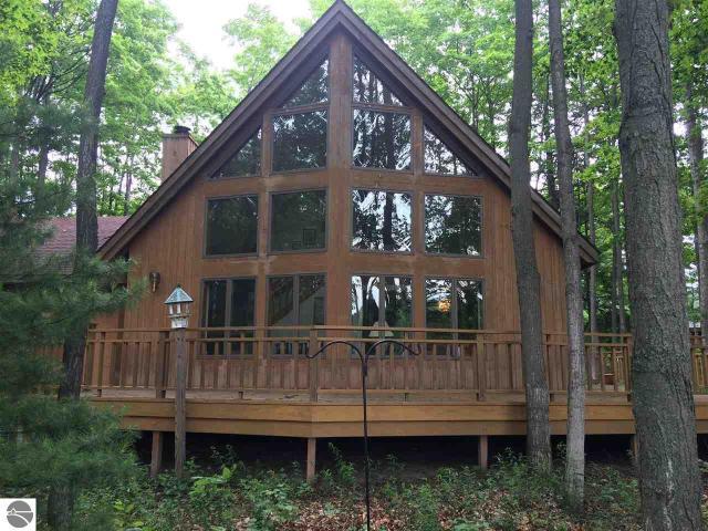 Property for sale at 4250 Fairway Drive, Cedar,  MI 49621