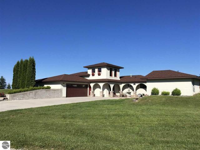 Property for sale at 8514 E Lincoln Road, Cedar,  MI 49621