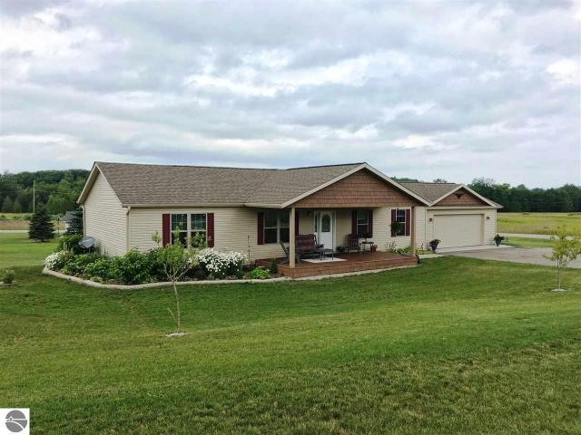 Property for sale at 2806 S Pine Meadow Path, Suttons Bay,  MI 49682