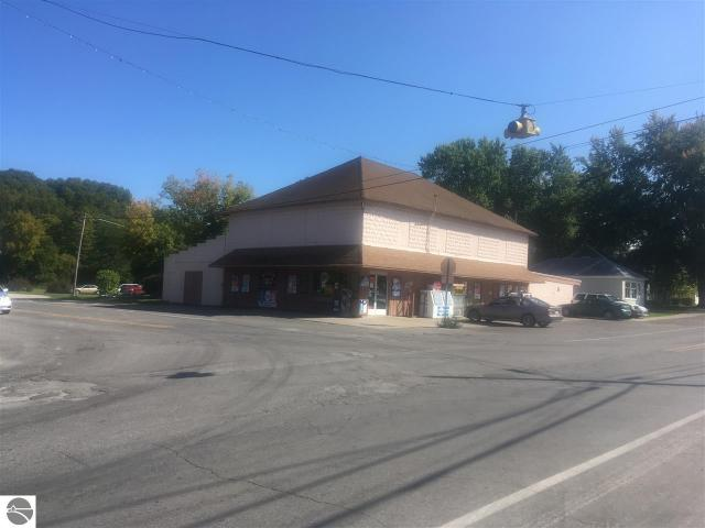 Property for sale at 8647 S Maple City Road, Maple City,  MI 49664