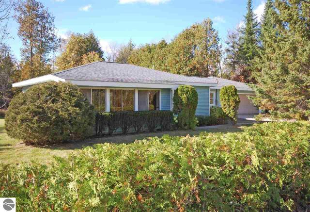 Property for sale at 7264 S Good Harbor Trail, Cedar,  MI 49621