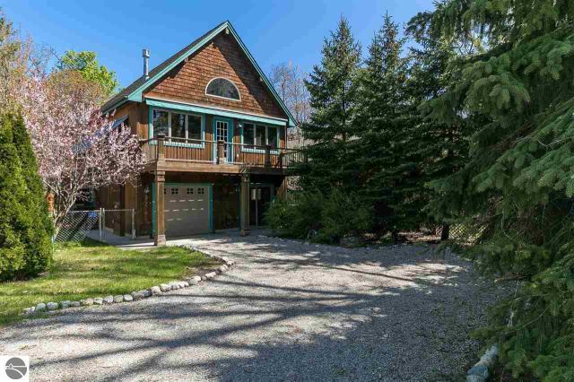 Property for sale at 525 E Oak Street, Leland,  MI 49654