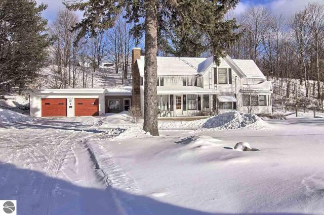 Property for sale at 5733 S Elm Valley Road, Suttons Bay,  MI 49682
