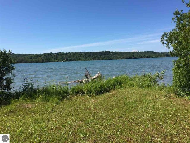Property for sale at 6.47 acres S Lake Leelanau Drive, Lake Leelanau,  MI 49653