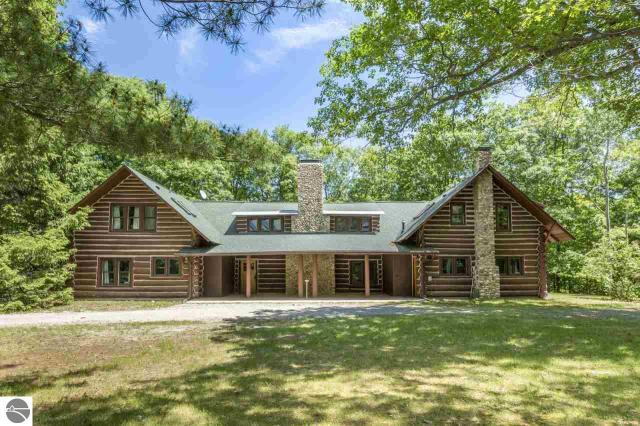 Property for sale at 15311 E Wood How Lane, Northport,  MI 49670