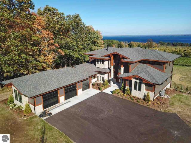Property for sale at 385 Chestnut Ridge, Traverse City,  MI 49686