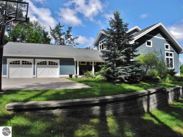 Property for sale at 5500 E Hidden Beech Drive, Cedar,  MI 49621