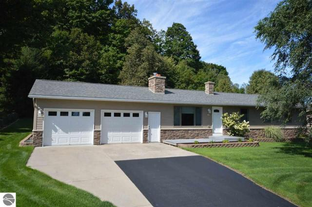 Property for sale at 1830 S West Bayshore Drive, Suttons Bay,  MI 49682