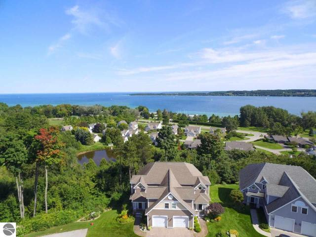 Property for sale at 873 N Bay Cliff Drive Unit: 9, Suttons Bay,  MI 49682