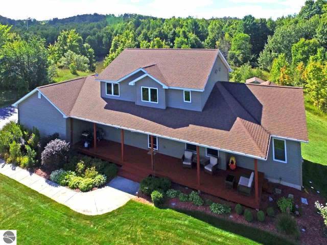 Property for sale at 6506 E Hillside Drive, Cedar,  MI 49621