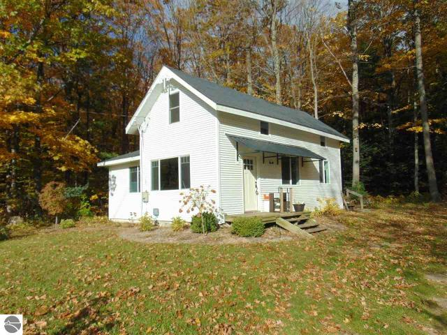 Property for sale at 1862 N Lake Leelanau Drive, Lake Leelanau,  MI 49653