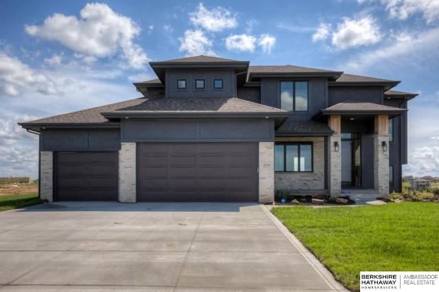 Property for sale at 18703 Camelback Avenue, Gretna,  Nebraska 68136