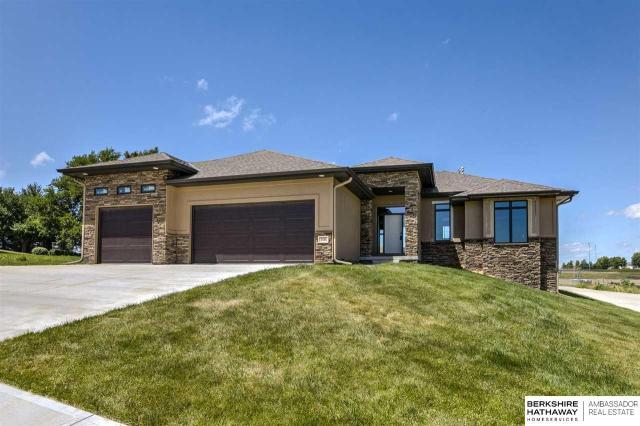 Property for sale at 506 Brentwood Drive, Gretna,  Nebraska 68028